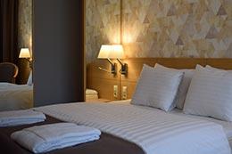 Viesnīcas gultas